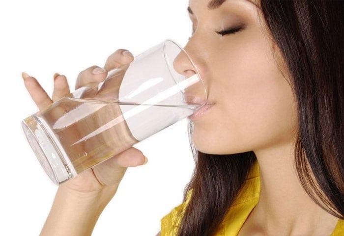 שתיית מים