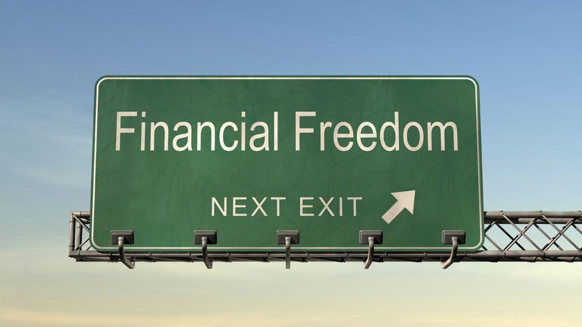 הכנסה נוספת: 7 דרכים אמיתיות להרוויח כסף באופן מיידי